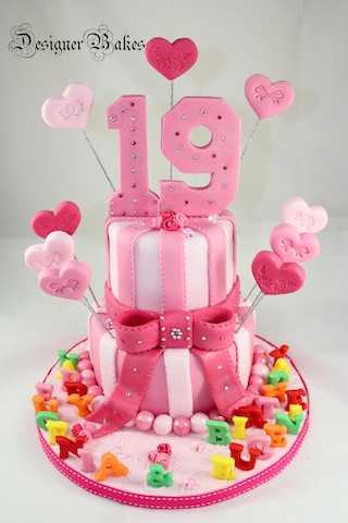19th birthday cake designs
