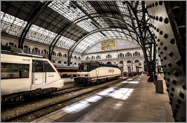 Barcelona: Andenes de la Estación de Francia