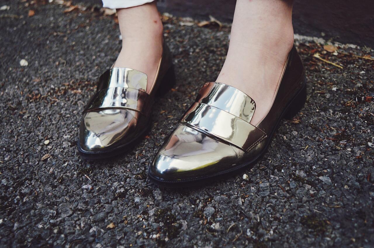 Scandinavian style outfit, FashionFake, fashion bloggers