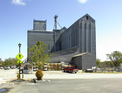 Templeton Feed and Grain Store from Main Street, © B. Radisavljevic