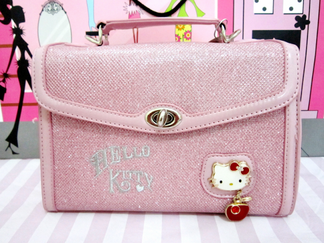 hello kitty bag, hello kitty purse, hello kitty pink, glitters
