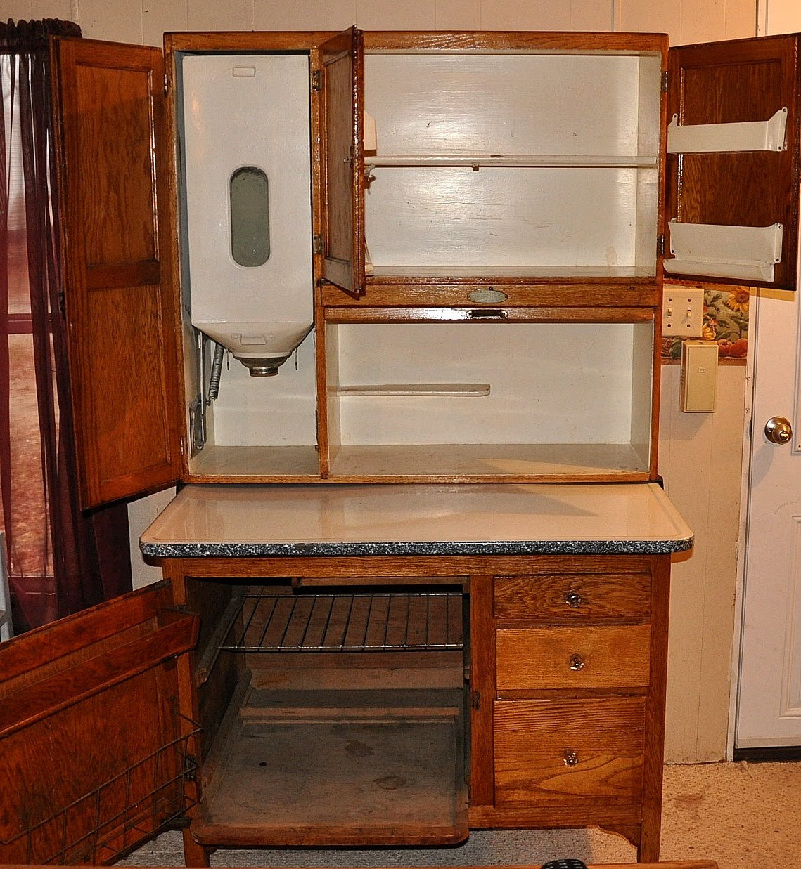 Brilliant Hoosier Cabinet 1139 x 1237 · 348 kB · jpeg