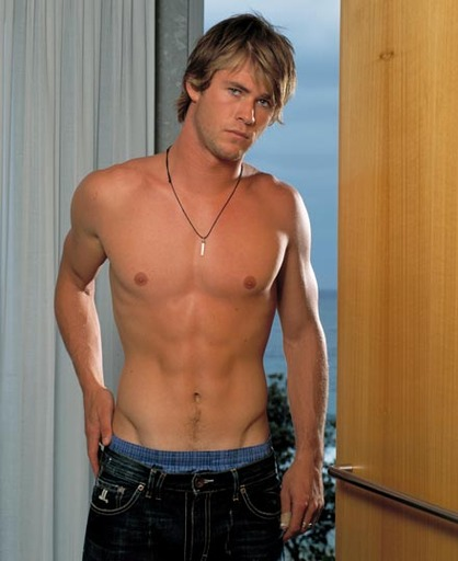thor chris hemsworth body. thor chris hemsworth
