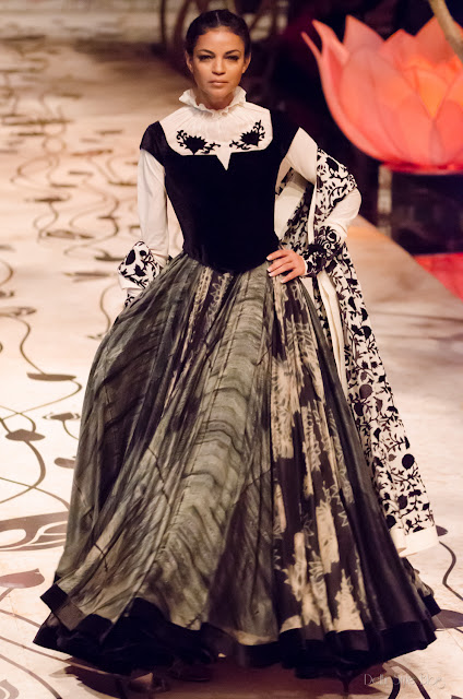 Rohit Bal Noyonika Chatterjee India Bridal Fashion Week 2013