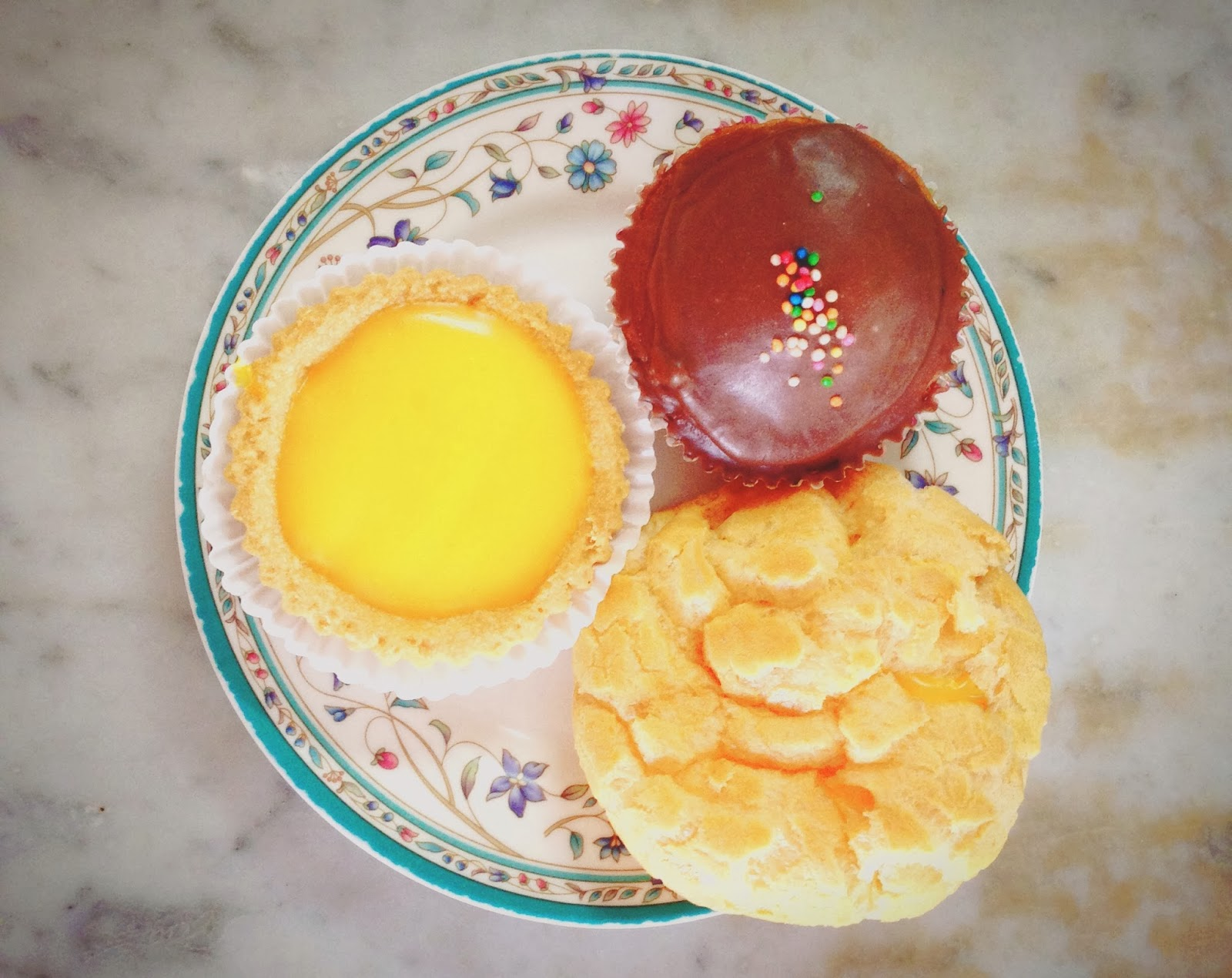 Chin Mee Chin Confectionery Cakes & Puffs