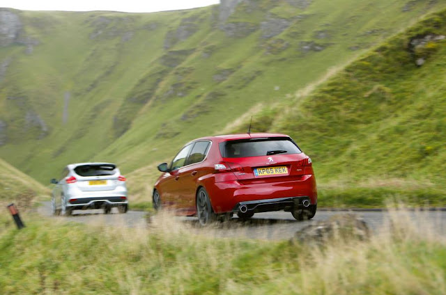 Compare Among Ford Focus ST VS Peugeot 308 GTi  back view