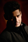 Mahesh Babu Latest Photos from 1 Nenokkadine HQ-thumbnail-17