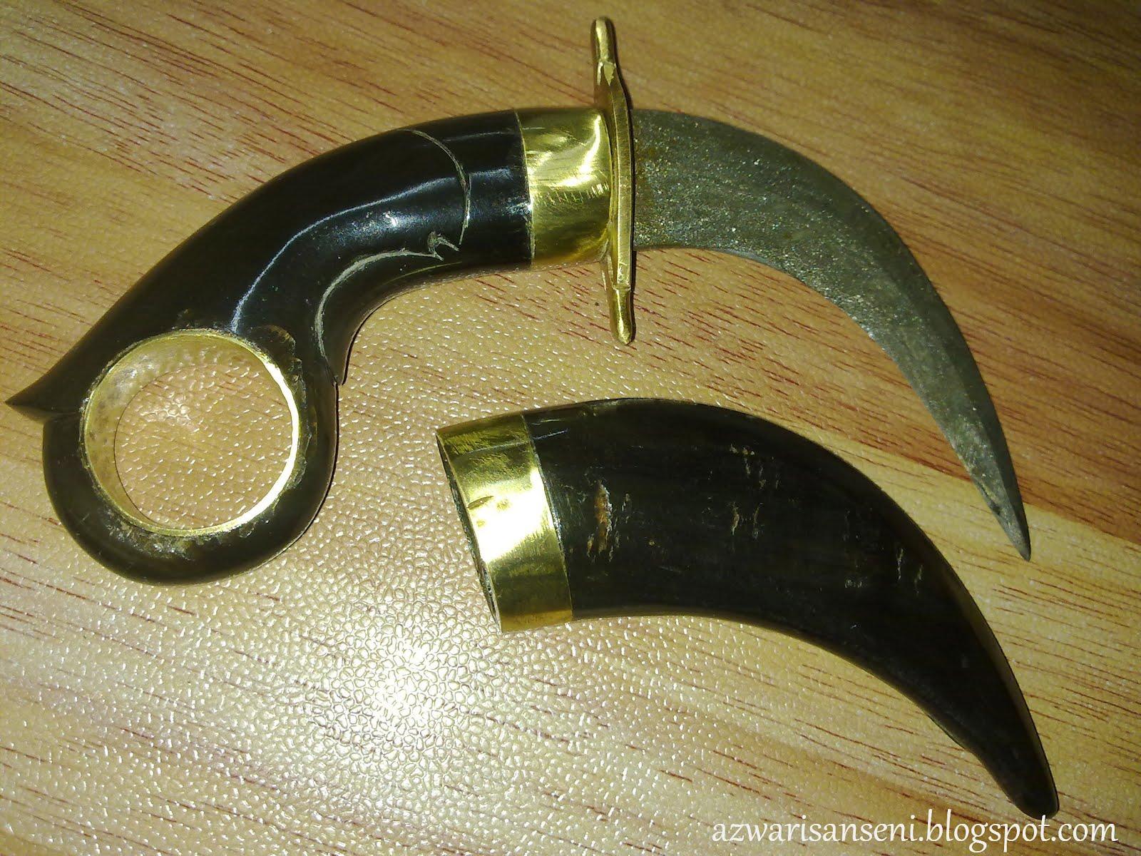 Seni Senjata Melayu: Kerambit Rm150 (Sold)