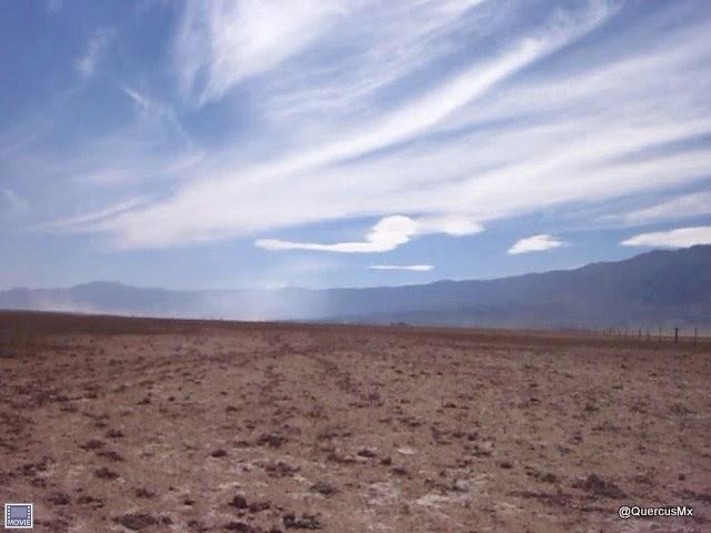 Tolvaneras en la Laguna de Sayula - Cirrus en el cielo