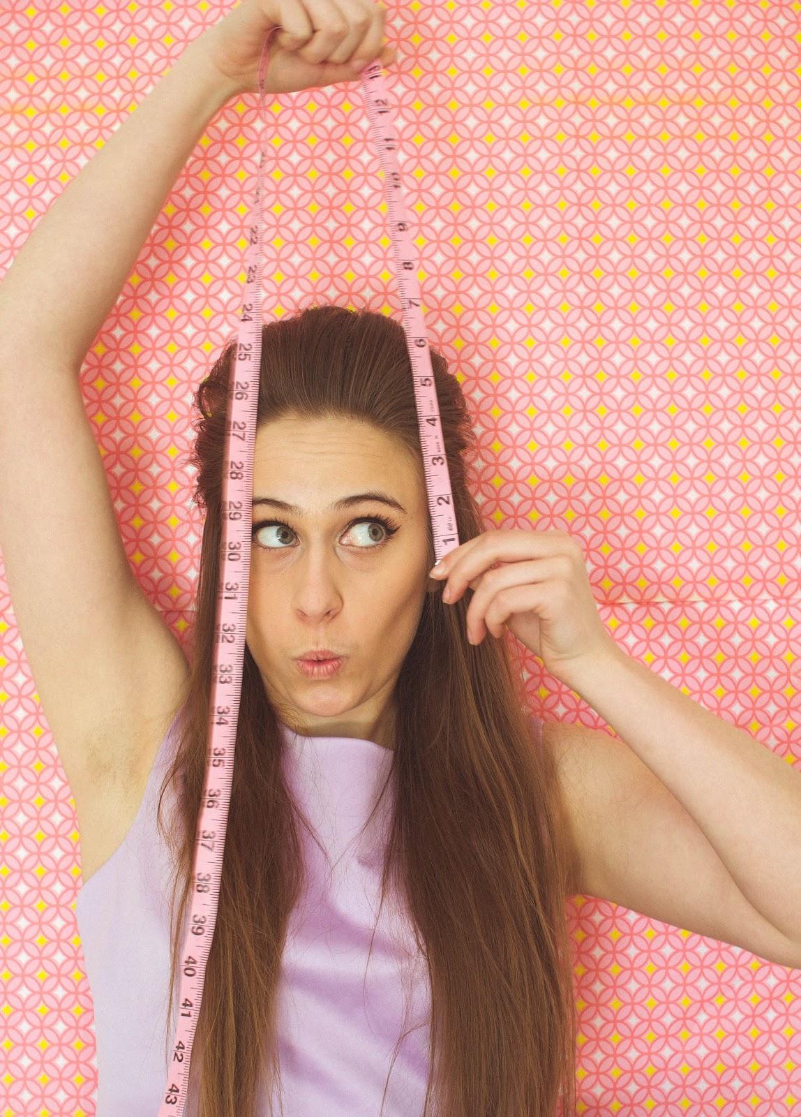 Boufant hair tutorial, lana del rey hair, Priscilla Presley hair, 60's hair, retro hair, tutorial, big hair, volume,bouffant for fine thin hair, fine hair, thin hair volume, teasing tutorial, backcombing tutorial