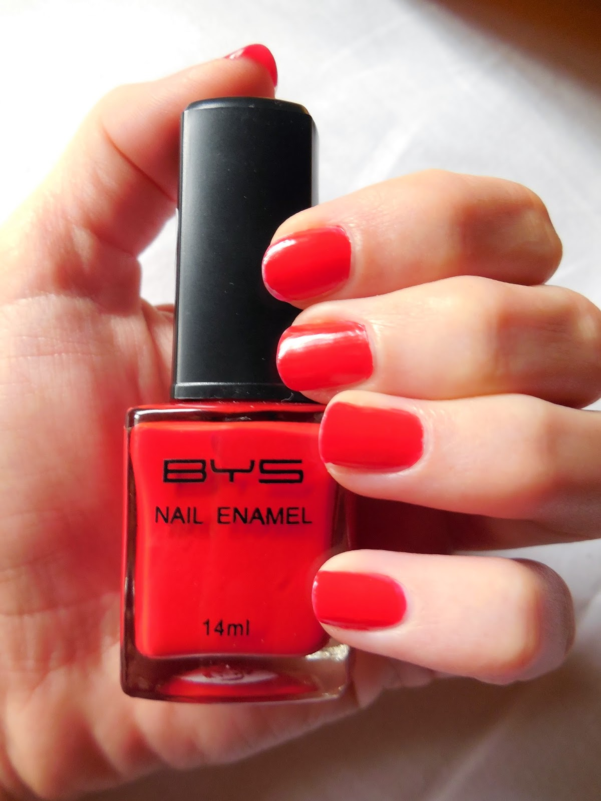 Review Bys Nail Polish uv