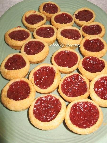Coleen's Recipes: POT LUCK MINI CHERRY PIES