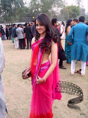 Bangladeshi girls on saree