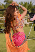 Komal Jha latest dazzling photos gallery-thumbnail-14