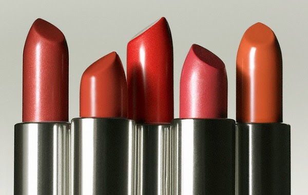 Memilih Warna Lipstik Sesuai Warna Kulit