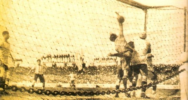 Selección Uruguaya de Fútbol Goldeonzari-copia-2