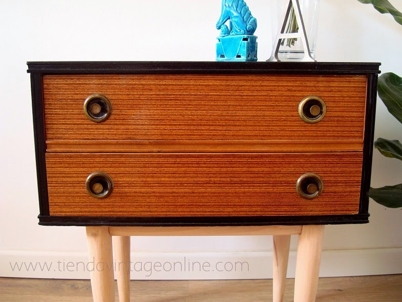 Mesitas retro - estilo escandinavo . muebles vintage valencia