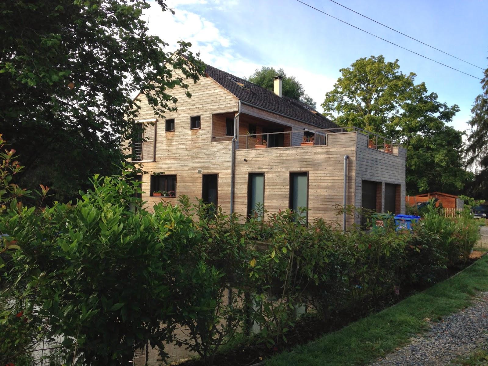 Maison bois cernay en bardage red cedar architecte for Architecte maison en bois