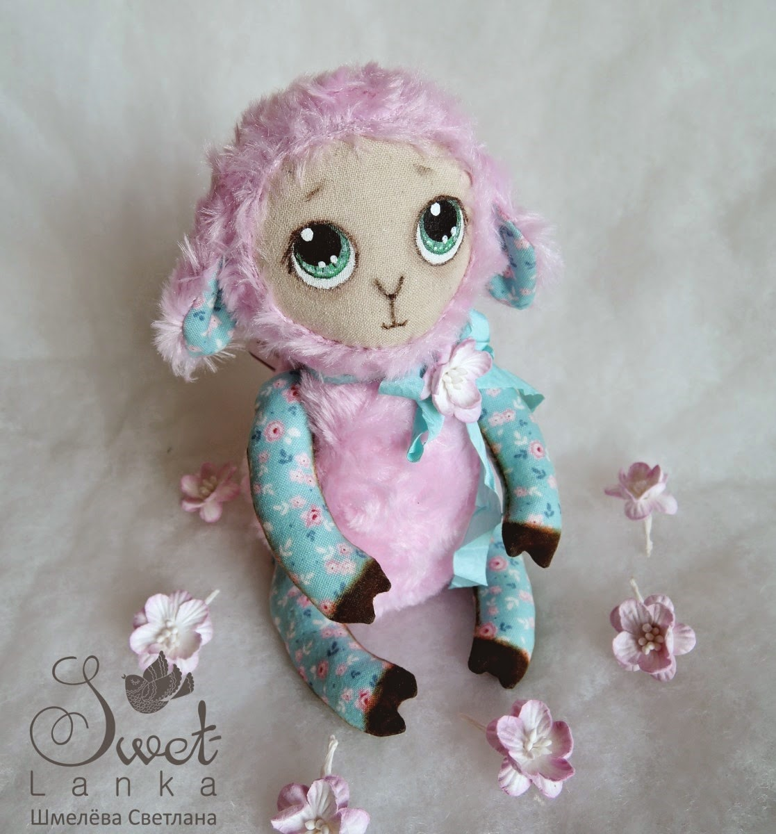розовая овечка игрушка