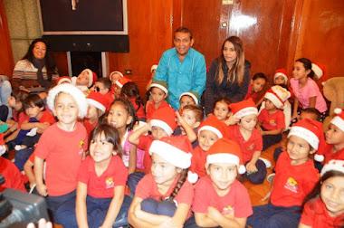 Pequeños del preescolar Parque Ciudad de los Niños llenaron de alegría el Palacio de Gobierno