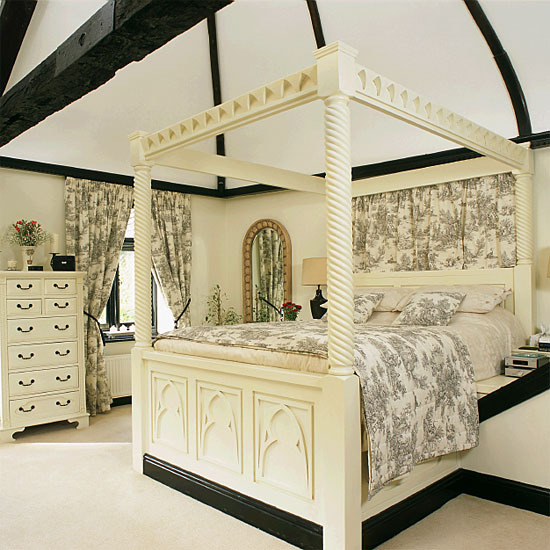 Black and Cream Toile Bedroom