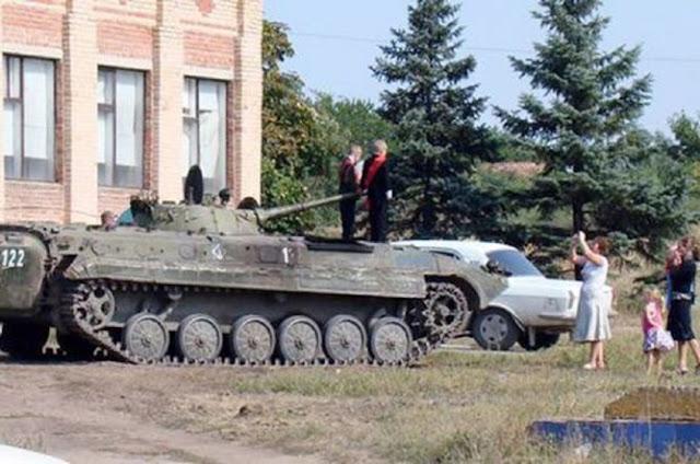 Unik Ayah di Ukraina Antar Anak ke Sekolah dengan Tank Tempur