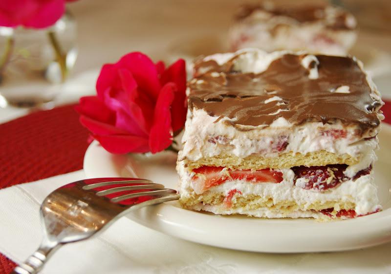 The Kitchen is My Playground: No-Bake Strawberry Ice Box Cake