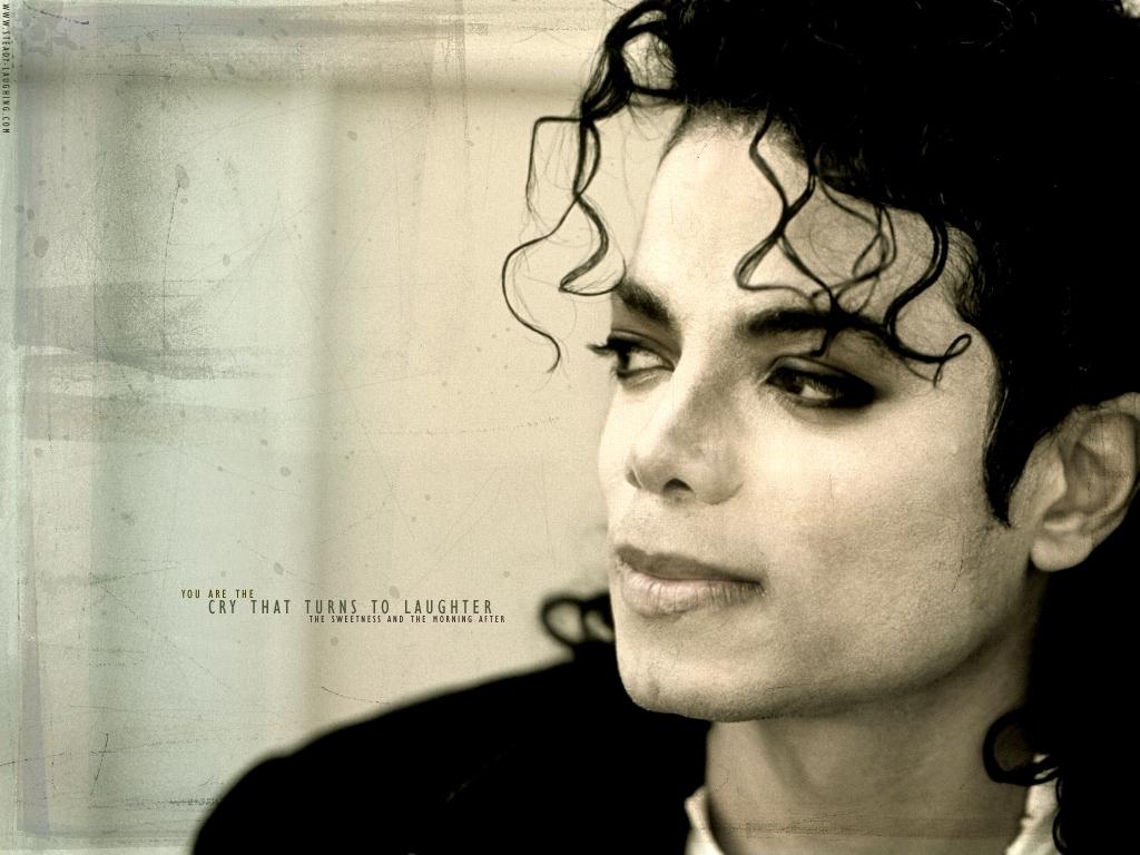 http://2.bp.blogspot.com/-TSysvU69aqM/TpTk0O35MiI/AAAAAAAACEM/WtVQK4DeFbk/s1600/MICHAEL-JACKSON.jpg