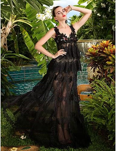 Vestido de Fiesta Negro con Transparencias