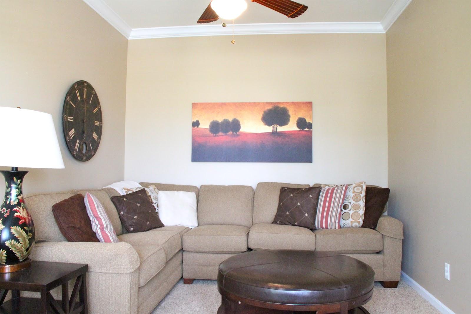 Home Tour: Living Room   Bonnie Donahue