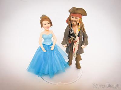 Topo de Bolo 15 Anos Biscuit Piratas do Caribe Jack Sparrow
