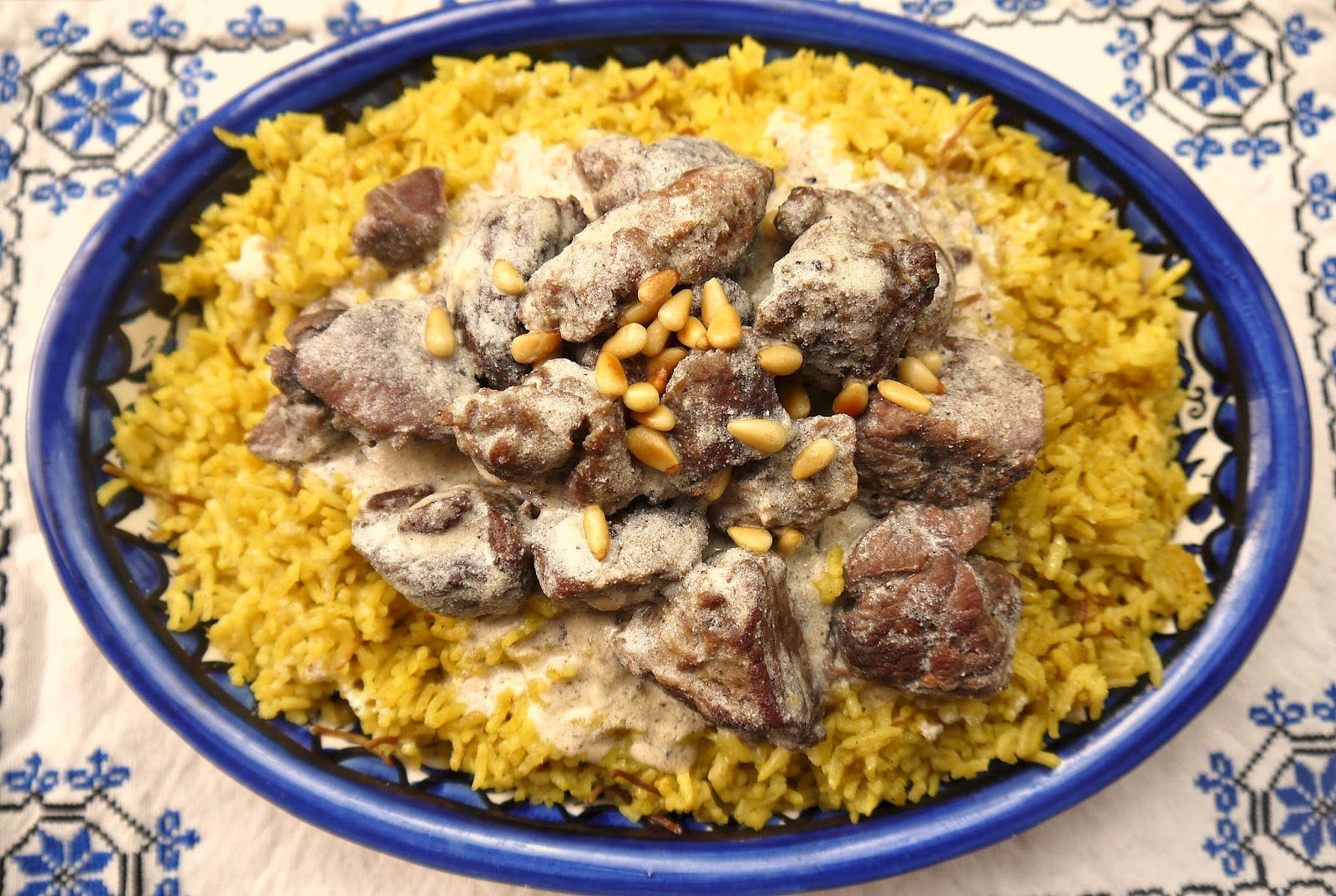 Bint rhoda 39 s kitchen lamb in yogurt sauce or mansaf for for Arabic cuisine names
