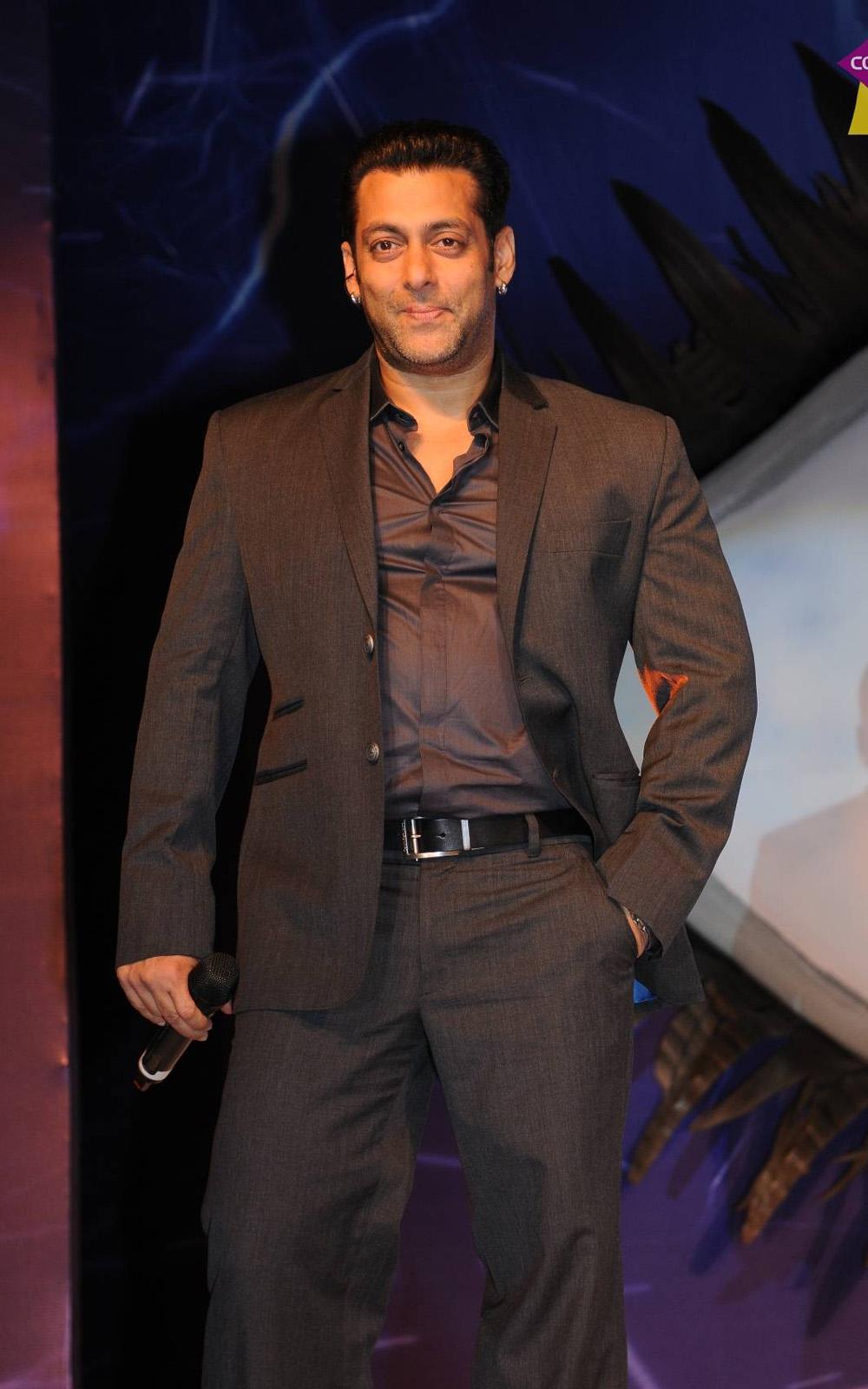 Salman Khan Top HD Wallpapers 1080p Free Download At HdwalleSalman 1000x1600 Hdwalle