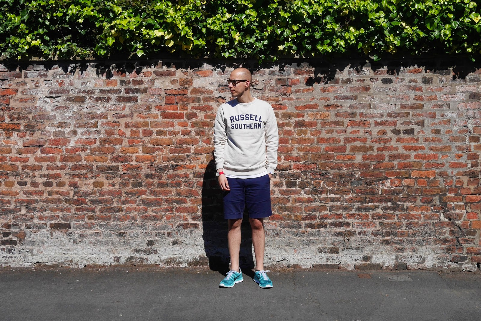 russell athletic archive, mens grey sweatshirt, russell athletic sweatshirt, mens navy chino shorts, nike flyknit turquoise, menswear blog, mens fashion blog, mens outfit inspiration