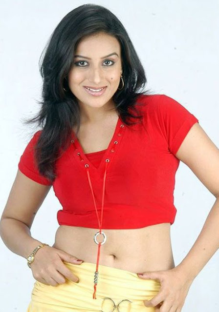 Pooja Gandhi hot photo