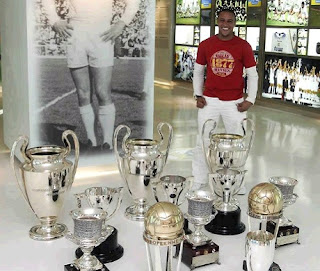 Roberto Carlos at the Santiago Bernabeu trophy room