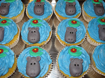 Hippo Cupcakes