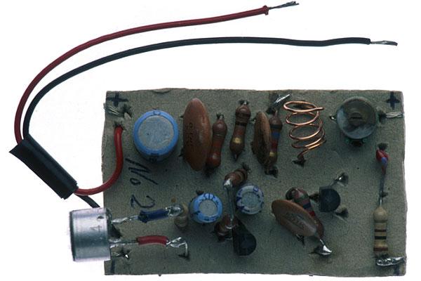 Radio transmitter / Bug