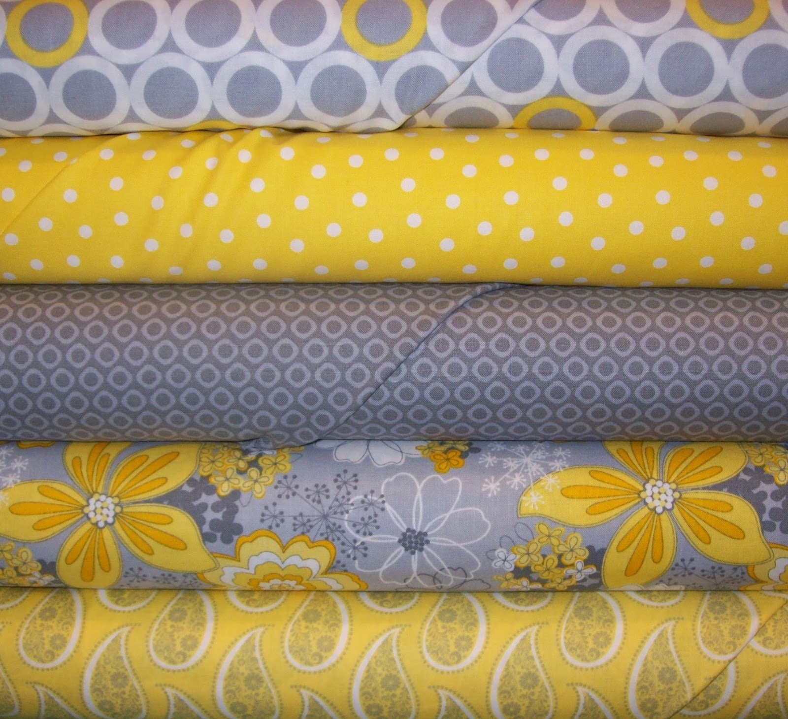 thimble chatter lots of new fabric. Black Bedroom Furniture Sets. Home Design Ideas