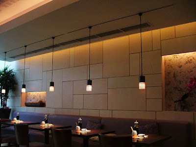 X-Flex Xenon Concealed Wall Lighting for Restaurants - discreet lighting