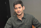 Mahesh Babu stylish photos-thumbnail-8