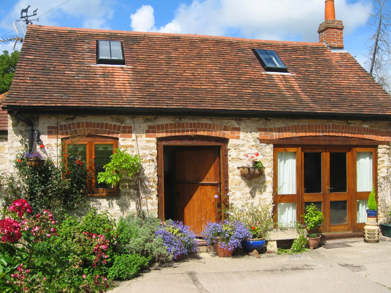 What Is A Cottage Of Seaside Cottages March 2016