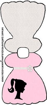 Tarjeta con forma de vestido de Barbie Silueta.