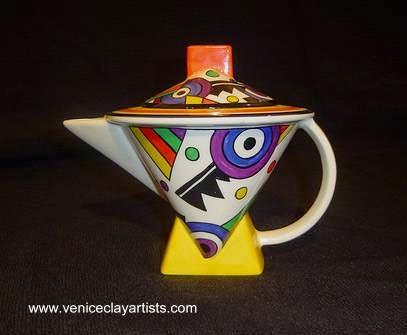 Pieza de cerámica artesanal para decoración