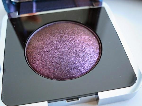 Lise Watier Aurora Winter 2014 Iridescent Eyeshadow in Violet