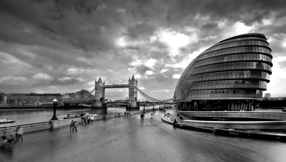 London river Photo black and white