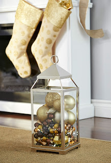 Christmas lantern with ornaments | CANVAS Christmas Collection | RamblingRenovators.ca