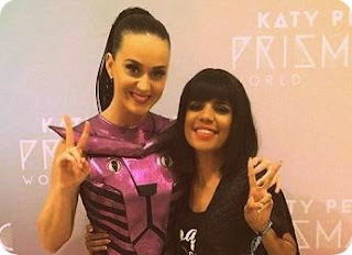 Disebut Cleopatra oleh Katy Perry, Nowela Grogi