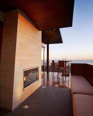 Desain Balkon Rumah 1