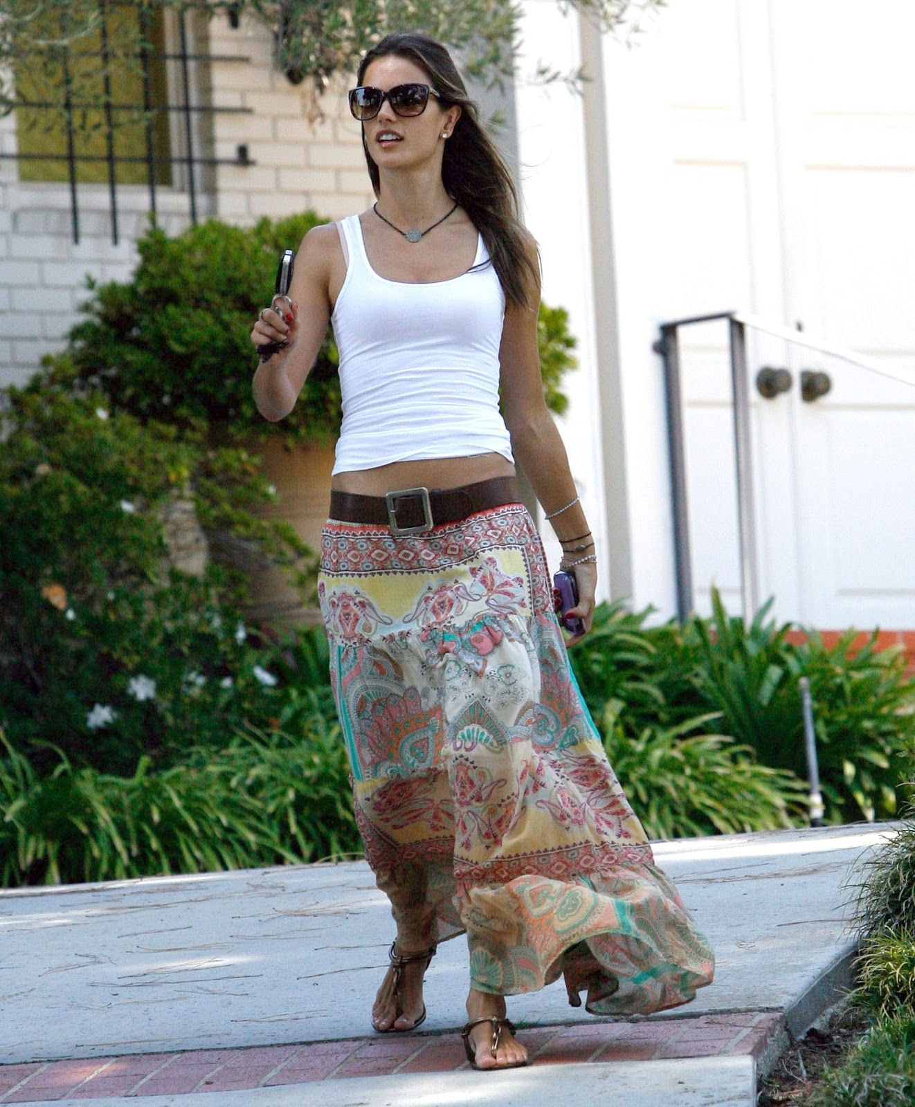 Street style alessandra ambrosio fashioned up eccentricity street style alessandra ambrosio thecheapjerseys Image collections